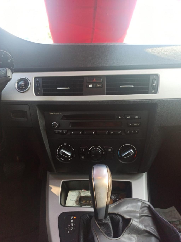 Imagem do veículo BMW 318i 2.0 SEDAN 16V GASOLINA 4P AUTOMÁTICO