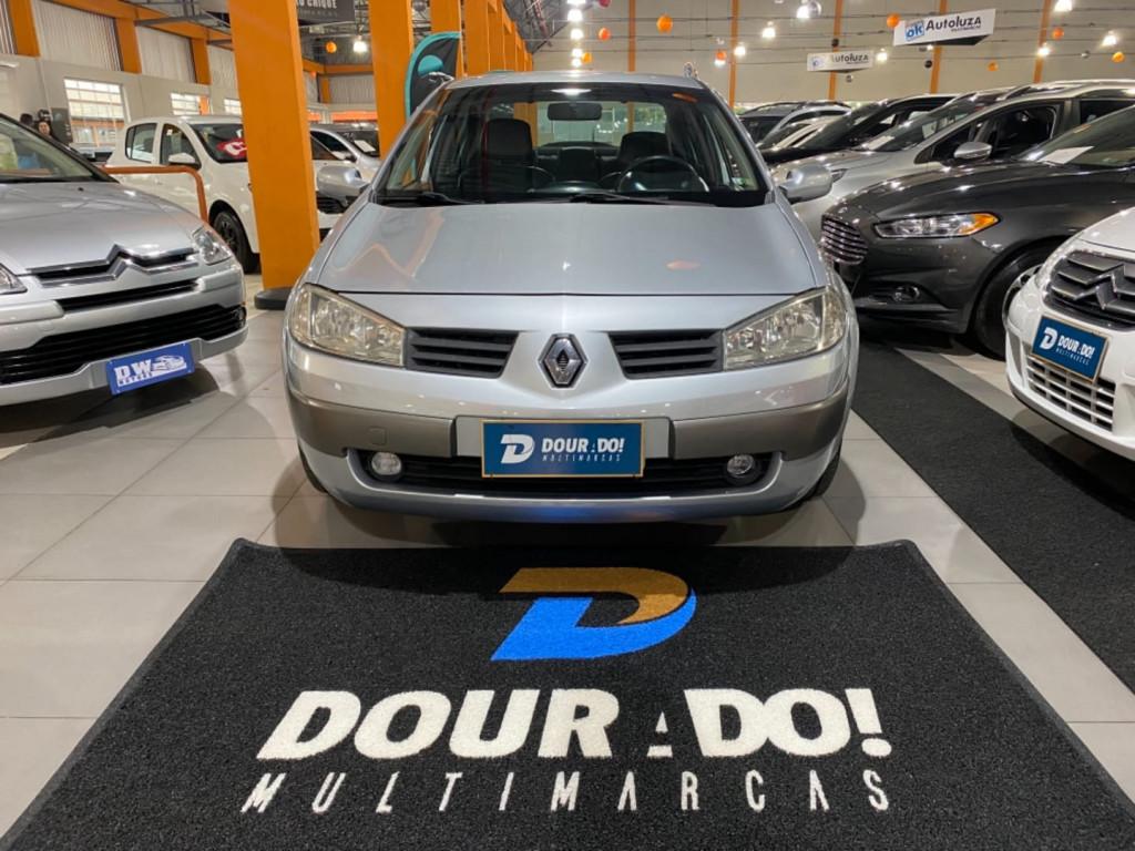 Imagem do veículo Renault Megane Sedan Dynamique 2.0 16vaut. 4p
