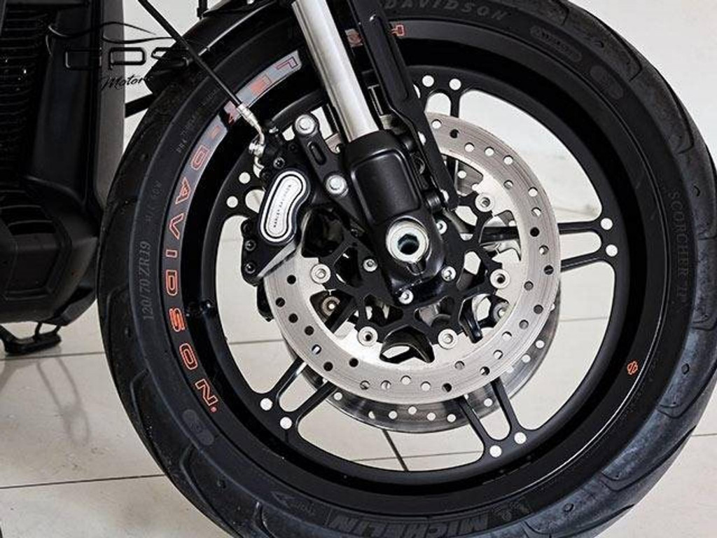 Imagem do veículo Harley Davidson Softail FXDR