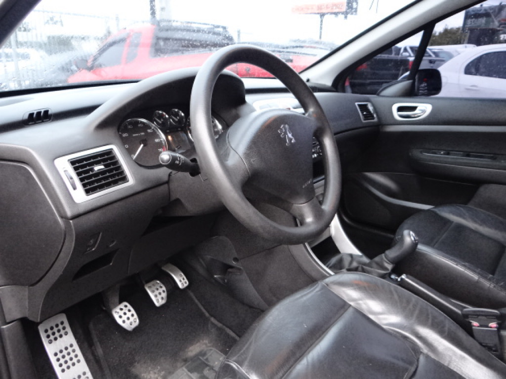 Imagem do veículo 307 1.6 PRESENCE 16V FLEX 4P MANUAL