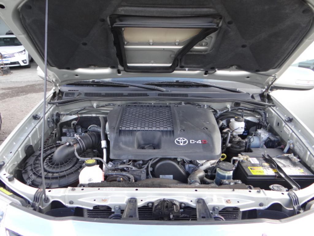 Imagem do veículo HILUX SW4 3.0 SRV 4X4 7 LUGARES 16V TURBO INTERCOOLER DIESEL 4P AUTOMÁTICO