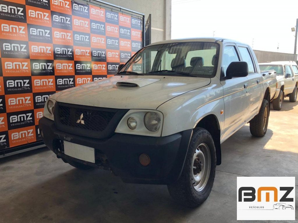 L200 2.5 GL 4X4 CD 8V TURBO DIESEL 4P MANUAL