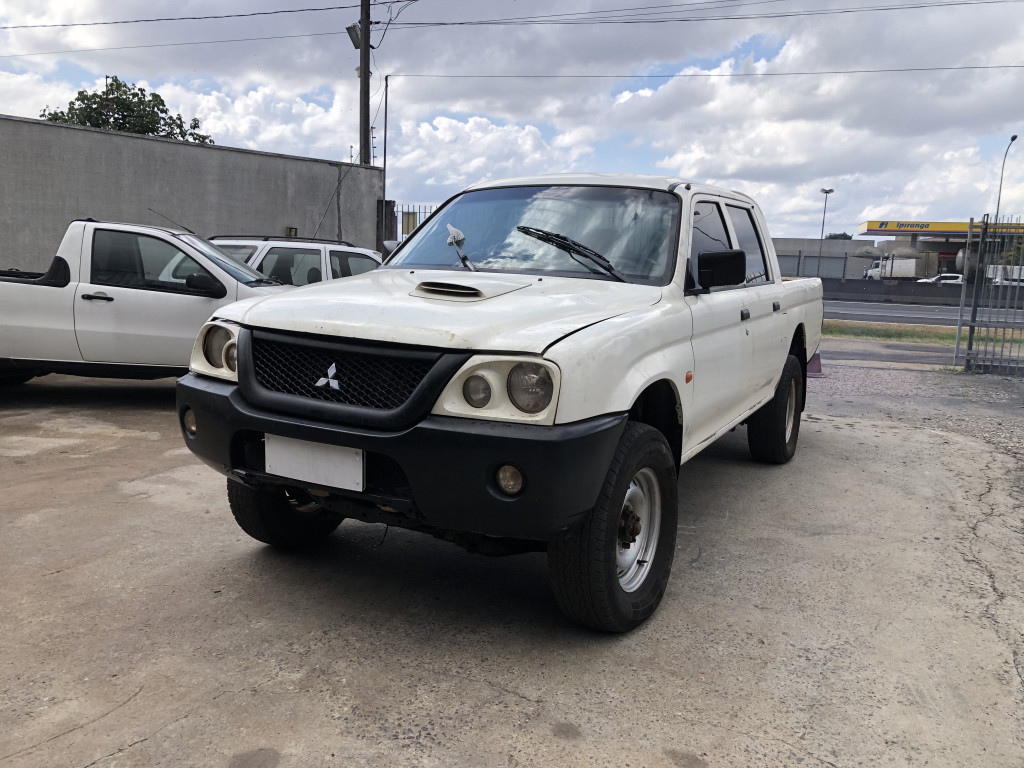 L200 2.5 4X4 CD 8V TURBO DIESEL 4P MANUAL