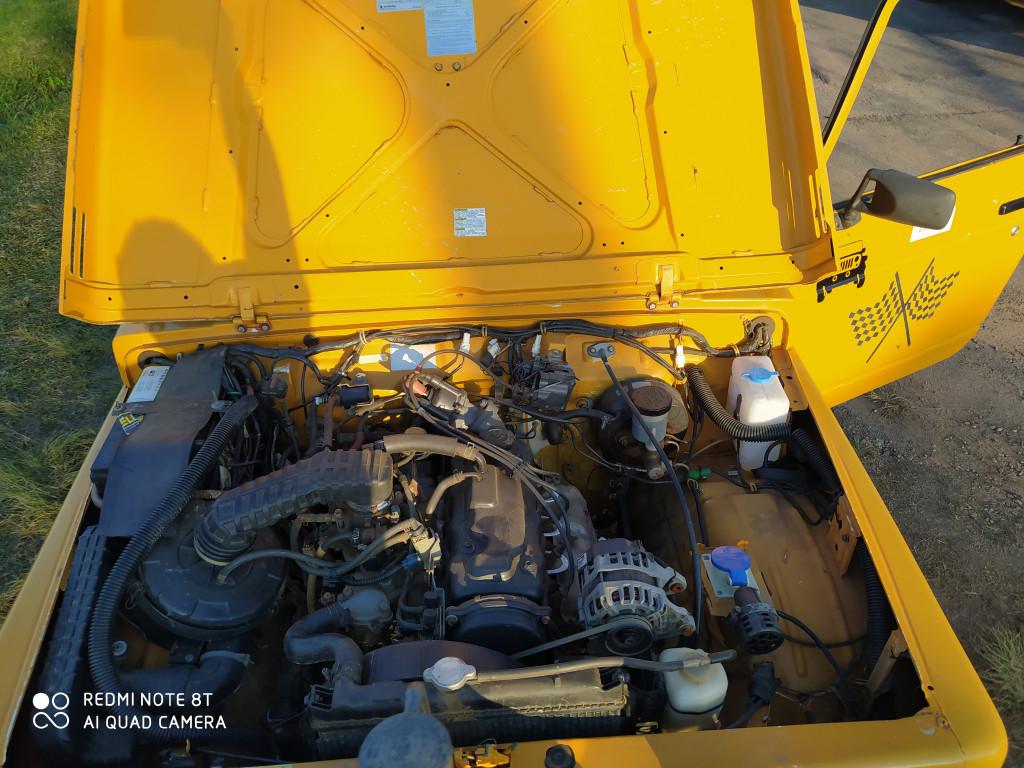 Imagem do veículo SUZUKI SAMURAI 1.3 JX CANVAS TOP 4X4 16V GASOLINA 2P MANUAL