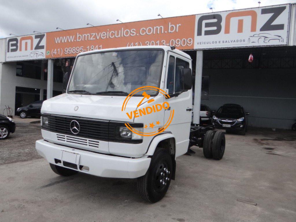 Mercedes-Benz 710 2P