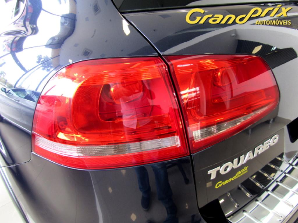 Imagem do veículo TOUAREG 2014 4.2 FSI V8 32V GASOLINA 4P TIPTRONIC PRETA COMPLETA ÚNICO DONO!