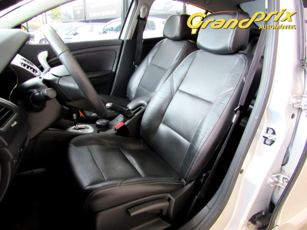 Imagem do veículo FLUENCE 2013 2.0 DYNAMIQUE 16v FLEX 4P AUTOMÁTICO PRATA COMPLETO!