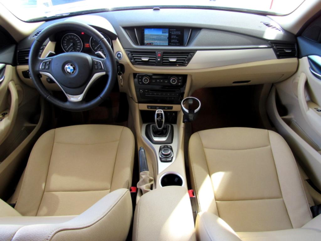 Imagem do veículo BMW X1 2015 2.0 16V TURBO ACTIVEFLEX SDRIVE20I 4P AUTOMÁTICA BRANCA COMPLETA!