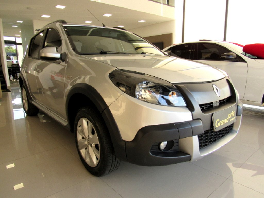 SANDERO 2013 1.6 16V SCE FLEX STEPWAY MANUAL PRATA COMPLETO + KIT MULTIMÍDIA