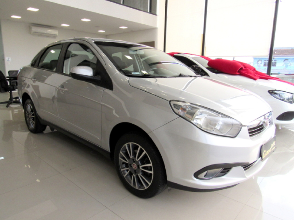 GRAND SIENA 2014 1.4 MPI ATTRACTIVE 8v FLEX 4P MANUAL PRATA COMPLETO ÚNICO DONO!