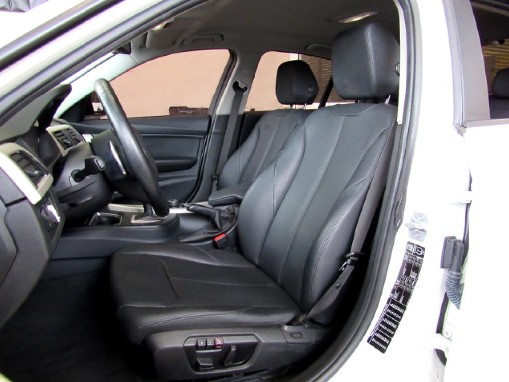 Imagem do veículo BMW 320i 2015 2.0 16V TURBO ACTIVE FLEX 4P AUTOMÁTICA BRANCA COMPLETA ÚNICO DONO!