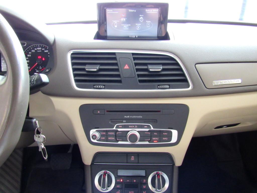 Imagem do veículo AUDI Q3 2015 2.0 TFSI AMBIENTE QUATTRO 4P GASOLINA S TRONIC AZUL COMPLETA + TETO SOLAR!