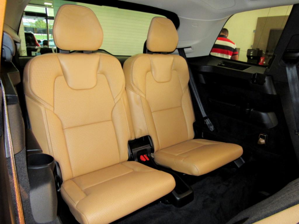 Imagem do veículo VOLVO XC90 2016 2.0 T6 INSCRIPTION TURBO GASOLINA 4P 4X4 AUTOMÁTICA 7 LUGARES TOP DE LINHA!