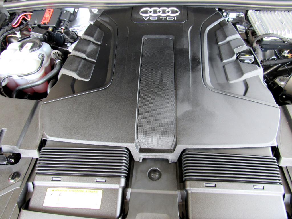 Imagem do veículo AUDI Q7 2018 3.0 TDI AMBITION V6 24V DIESEL 4P TIPTRONIC CINZA COMPLETA 7 LUGARES!