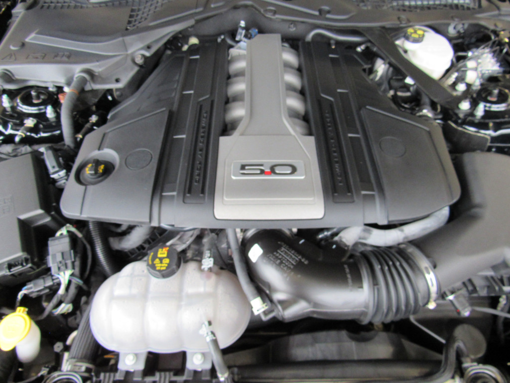 Imagem do veículo MUSTANG 2019 5.0 V8 TI-VCT GASOLINA GT PREMIUM SELECTSHIFT PRETO TOP DE LINHA COM APENAS 6.000 KM!!!