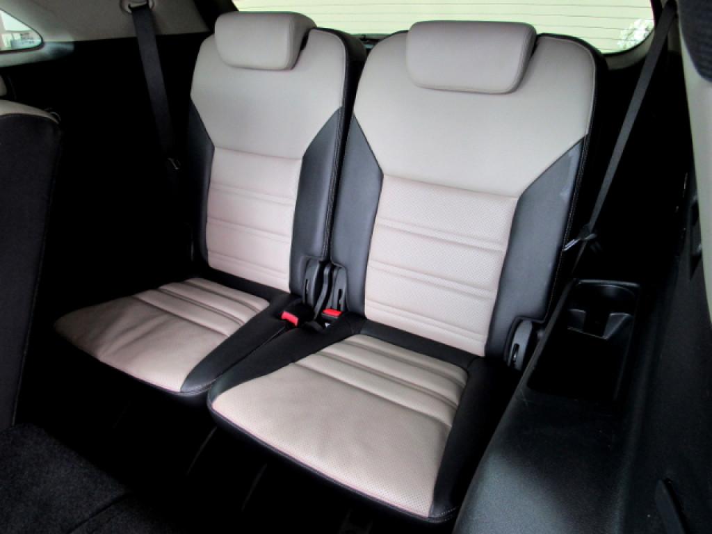 Imagem do veículo SORENTO 2016 3.3 V6 GASOLINA EX 7 LUGARES AUTOMATICA PRETA COMPLETA ÚNICO DONO!