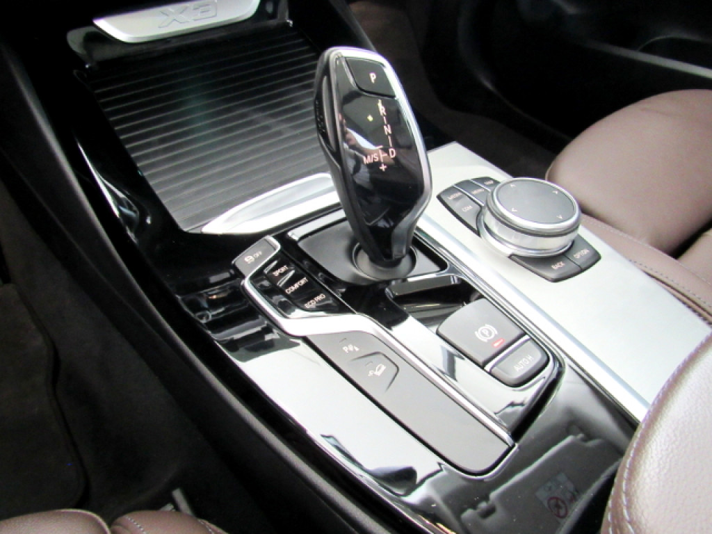 Imagem do veículo BMW X3 2019 2.0 16V GASOLINA X LINE XDRIVE 20I STEPTRONIC BRANCA TOP DE LINHA + TETO SOLAR!