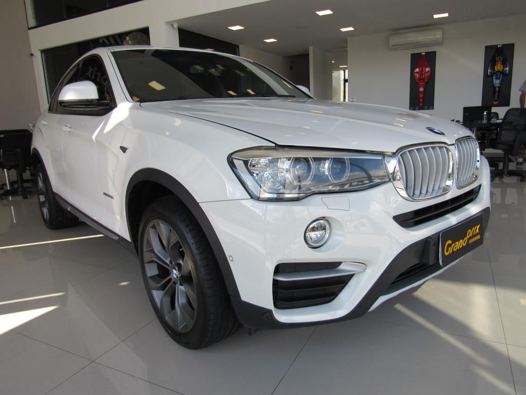 BMW X4 2015 2.0 28I X LINE 4X4 16V TURBO GASOLINA 4P AUTOMÁTICO BRANCA COMPLETA + TETO SOLAR!