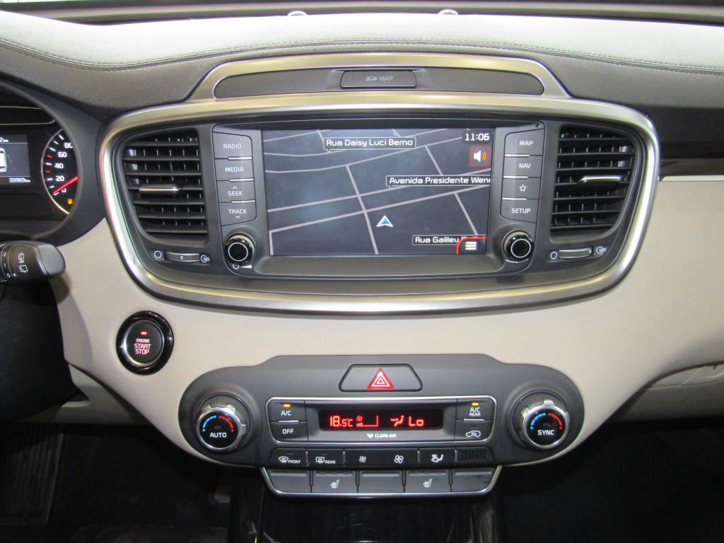 Imagem do veículo KIA SORENTO 2019 3.5 V6 GASOLINA EX 7L AWD AUTOMATICA CINZA COMPLETA + TETO SOLAR!