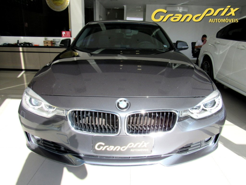Imagem do veículo BMW 320i 2014 2.0 16V TURBO ACTIVE FLEX 4P AUTOMÁTICA CINZA COMPLETA ÚNICO DONO!