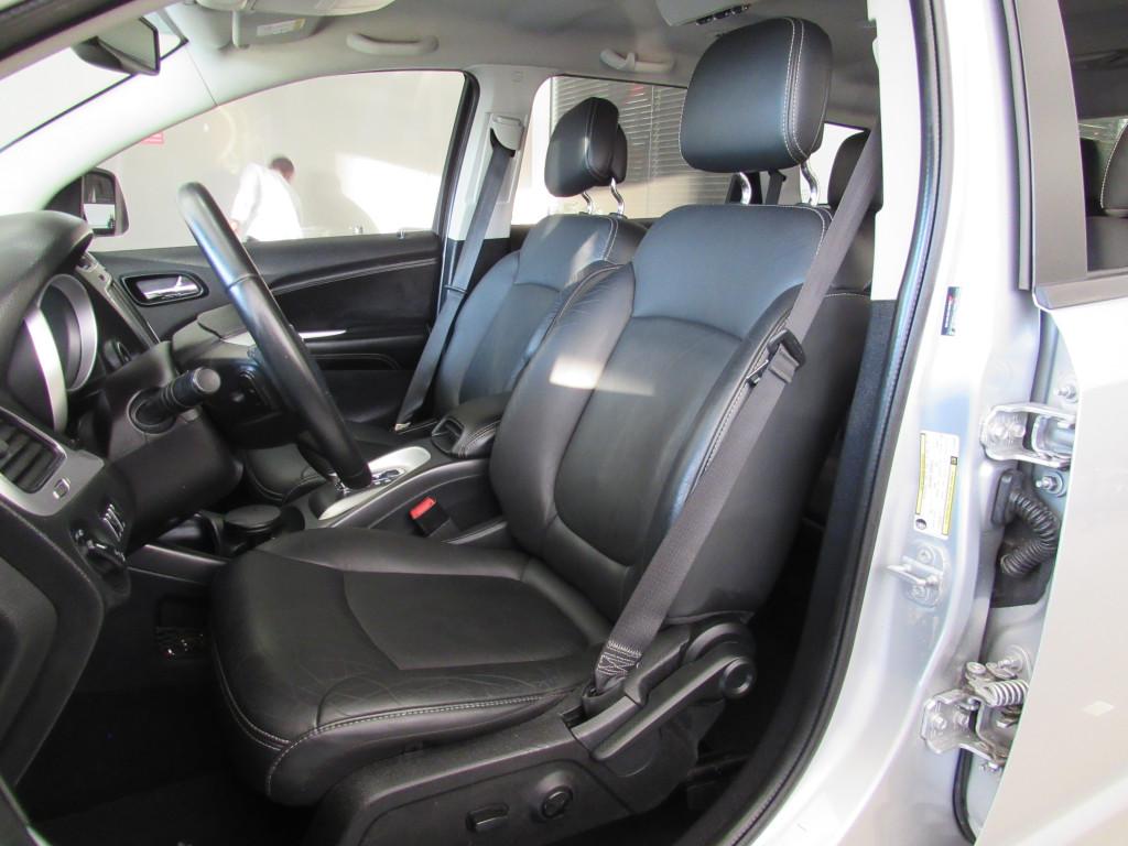 Imagem do veículo DODGE JOURNEY 2014 3.6 SXT V6 GASOLINA 4P AUTOMÁTICA PRATA  COMPLETA 7 LUGARES!