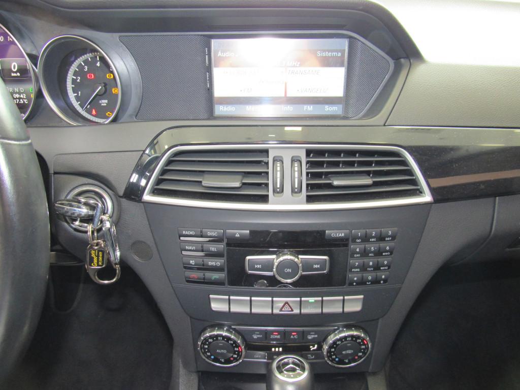 Imagem do veículo MERCEDES-BENZ C 200 2014 1.8 CGI AVANTGARDE 16V GASOLINA 4P AUTOMÁTICA PRETA COMPLETA + BANCOS EM COURO!