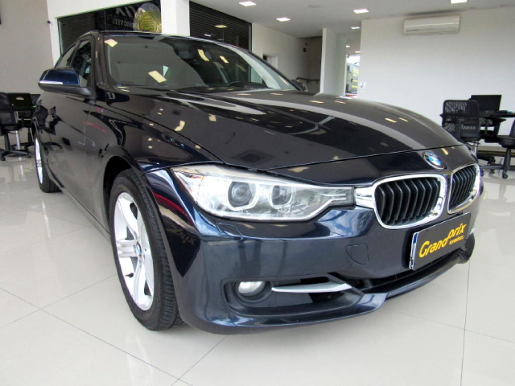 BMW 320i 2015 2.0 SPORT 16V TURBO ACTIVE FLEX 4P AUTOMÁTICA AZUL COMPLETA!