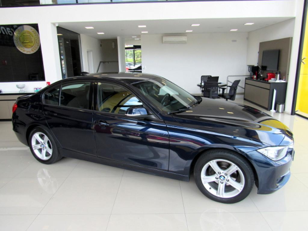 Imagem do veículo BMW 320i 2015 2.0 SPORT 16V TURBO ACTIVE FLEX 4P AUTOMÁTICA AZUL COMPLETA!