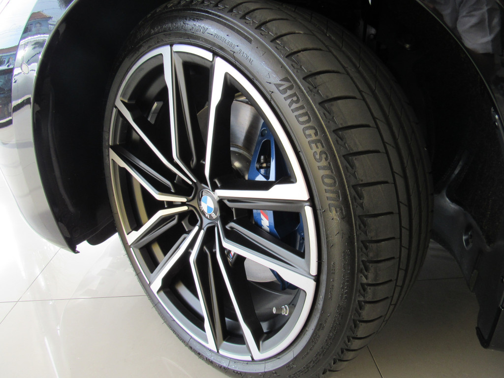 Imagem do veículo BMW 430i 2021 2.0 16V GASOLINA CABRIO SPORT AUTOMÁTICA PRETA ZERO KM!
