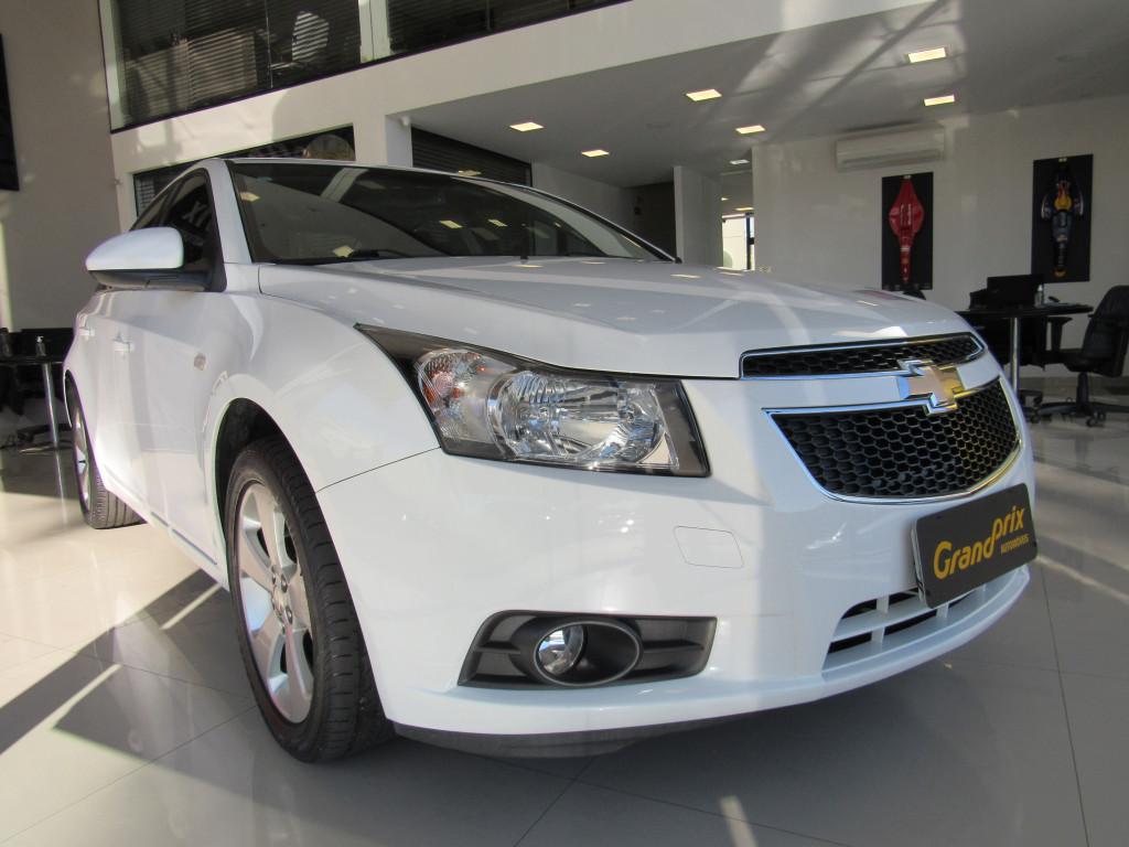 CRUZE 2013 1.8 LT 16V FLEX 4P AUTOMÁTICO BRANCO COMPLETO - BANCOS EM COURO!!