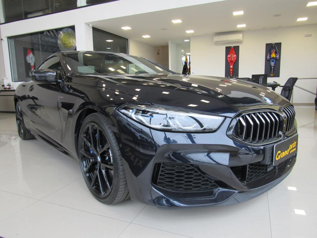 BMW M 850i 2020 4.4 V8 TWINPOWER GASOLINA XDRIVE STEPTRONIC PRETA COM APENAS 6.000 KM!
