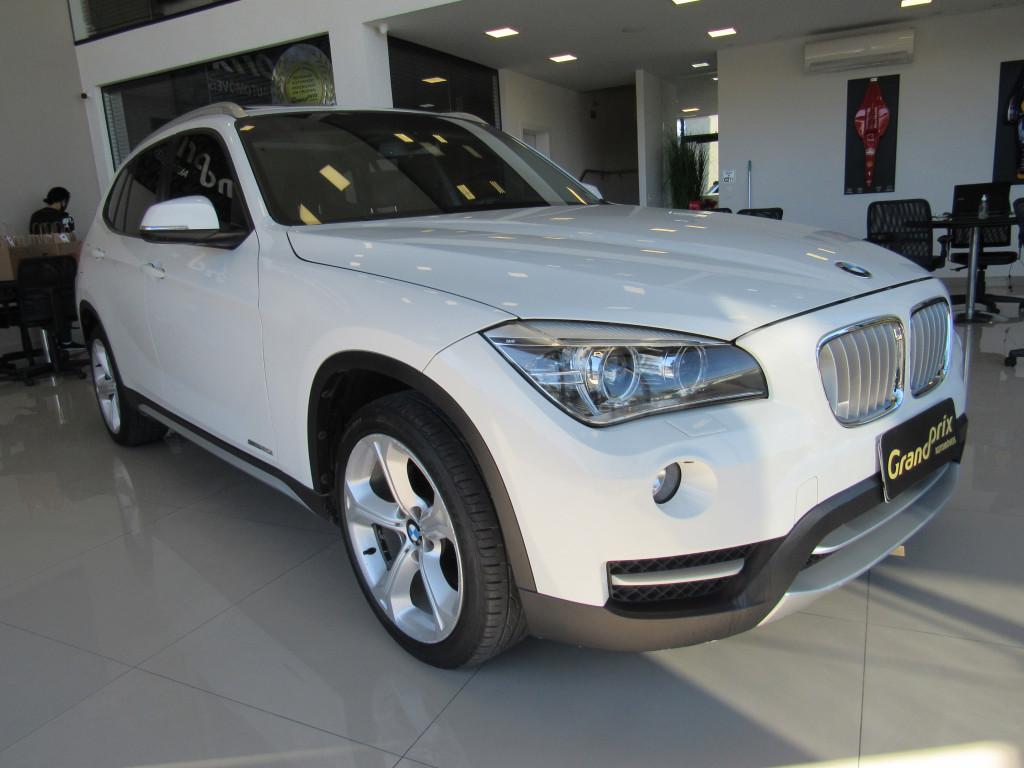 BMW X1 2014 2.0 16V TURBO GASOLINA SDRIVE20I 4P AUTOMÁTICO TOP DE LINHA + TETO SOLAR