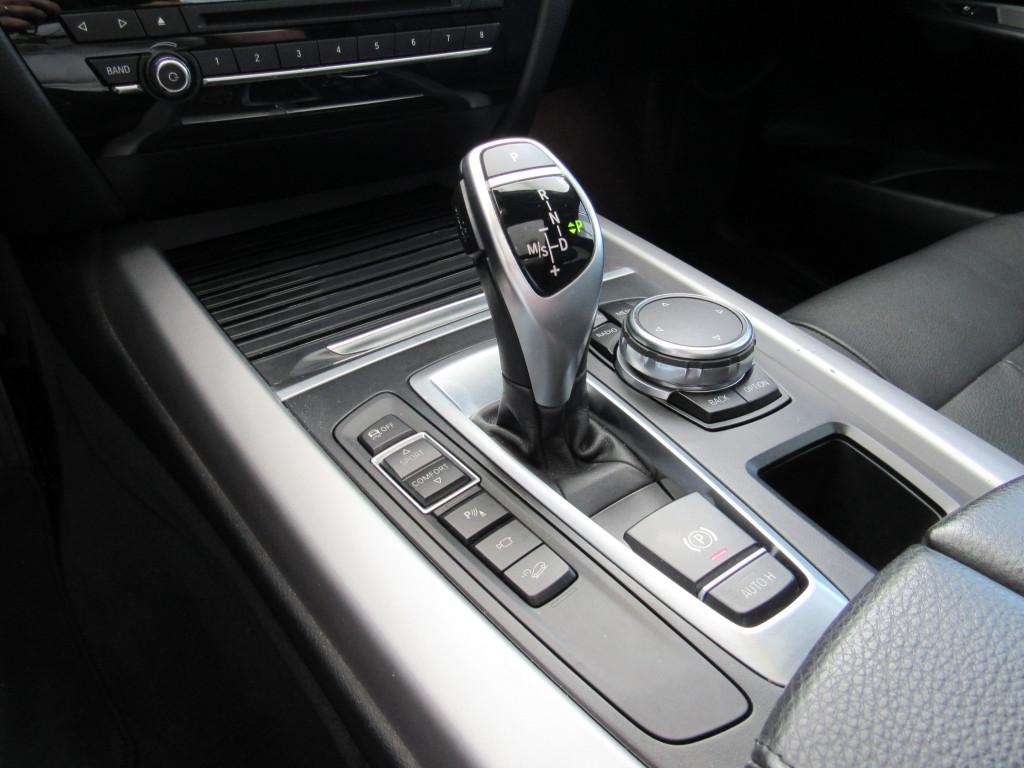 Imagem do veículo BMW X5 2016 3.0 FULL 4X4 35I 6 CILINDROS 24V GASOLINA 4P AUTOMÁTICA BRANCA COMPLETA + TETO SOLAR!