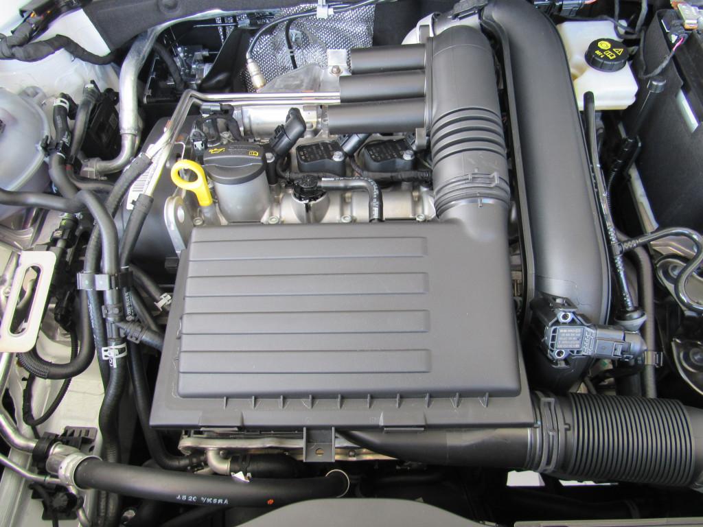 Imagem do veículo VOLKSWAGEN TAOS HIGHLINE 1.4 250 TSI FLEX AUTOMÁTICO BRANCO COMPLETO ZERO KM!