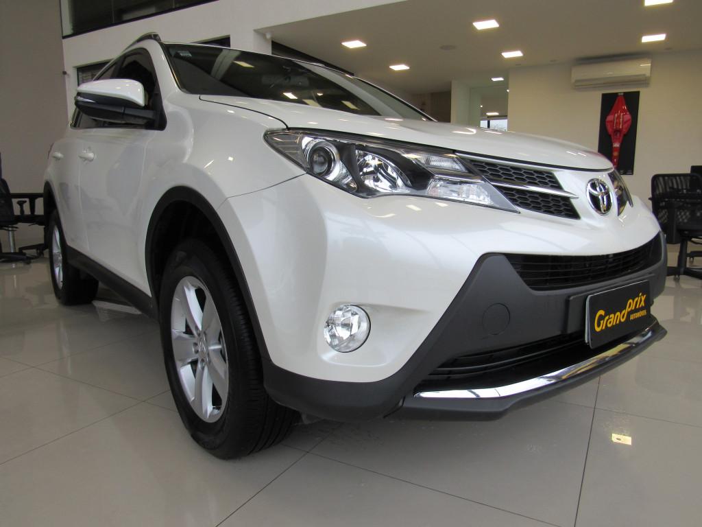 TOYOTA RAV4 2014 2.0 4X4 16V GASOLINA 4P AUTOMÁTICA BRANCA COMPLETA TOP DE LINHA!