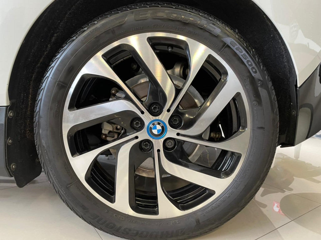 Imagem do veículo BMW i3 REX 8V ELÉTRICO 2015 4P AUTOMÁTICO BRANCO COMPLETO ÚNICO DONO!
