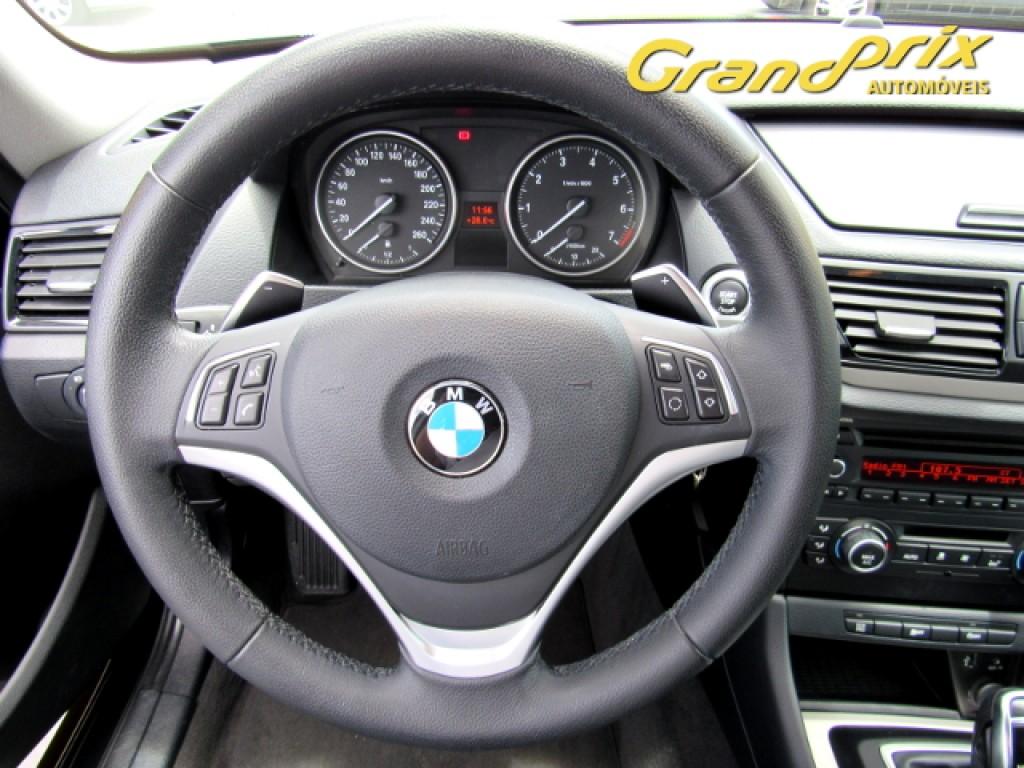 Imagem do veículo BMW X1 2015 2.0 16V TURBO ACTIVEFLEX SDRIVE20I 4P AUTOMÁTICA PRETA COMPLETA TOP DE LINHA!