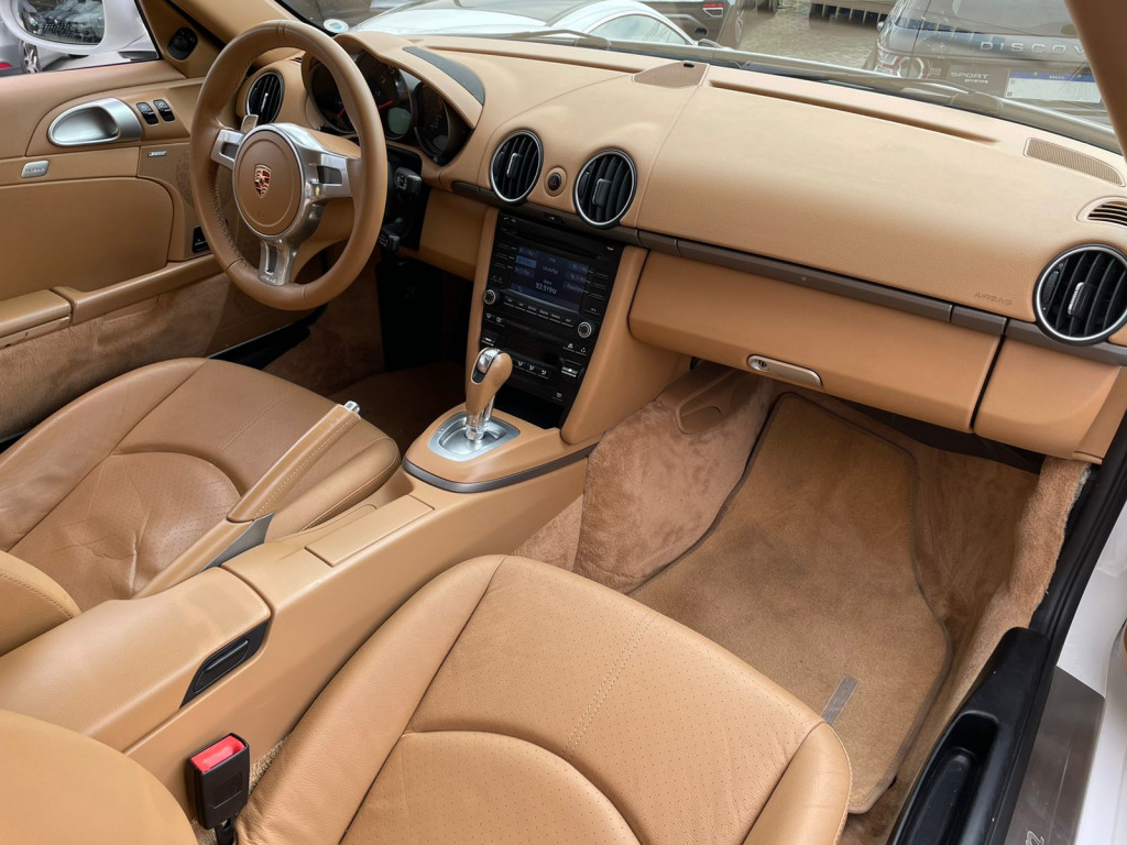 Imagem do veículo PORSCHE CAYMAN 2011 2.9 I6 24V GASOLINA 2P AUTOMÁTICO BRANCO TOP DE LINHA ÚNICO DONO!
