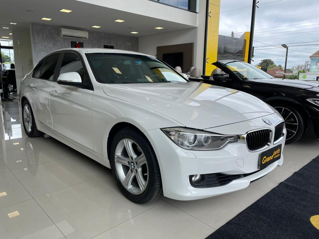 BMW 320i 2013 2.0 16V TURBO GASOLINA 4P AUTOMÁTICA BRANCA COMPLETA!