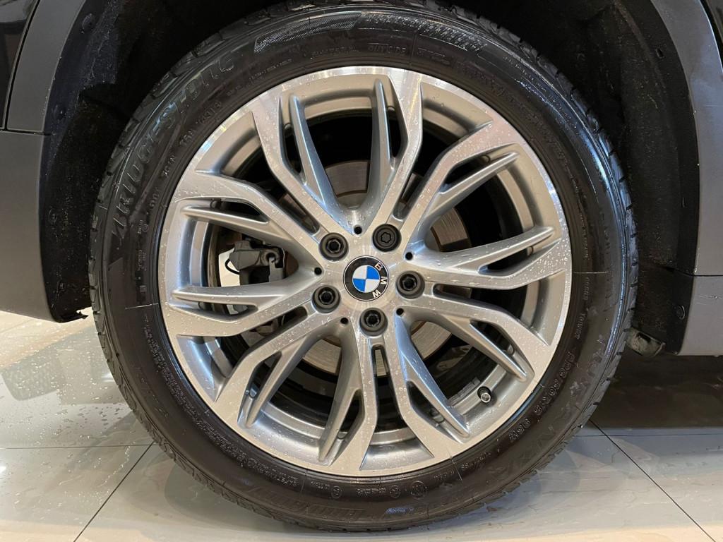 Imagem do veículo BMW X1 2018 2.0 16V TURBO ACTIVEFLEX SDRIVE20I 4P AUTOMÁTICA PRETA COMPLETA ÚNICO DONO!