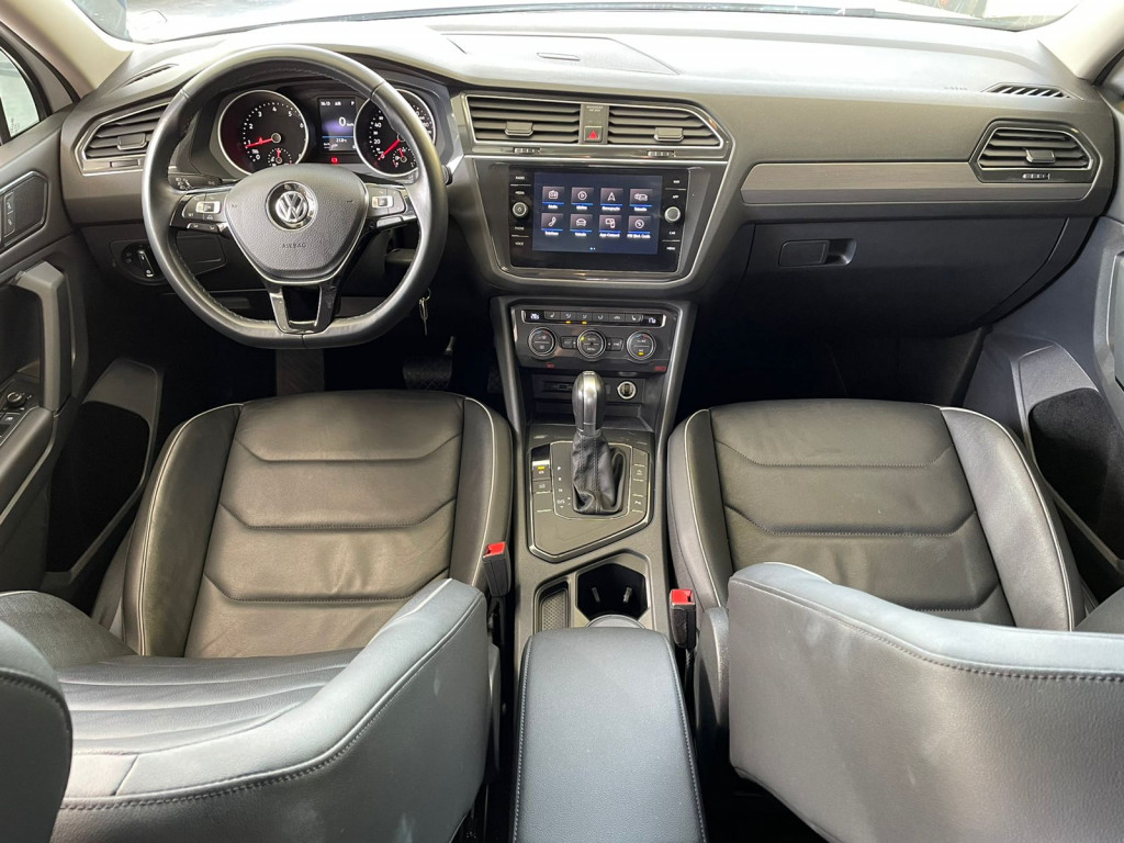 Imagem do veículo TIGUAN 2018 1.4 250 TSI TOTAL FLEX ALLSPACE COMFORTLINE 7 LUGARES BRANCA COMPLETA ÚNICO DONO!