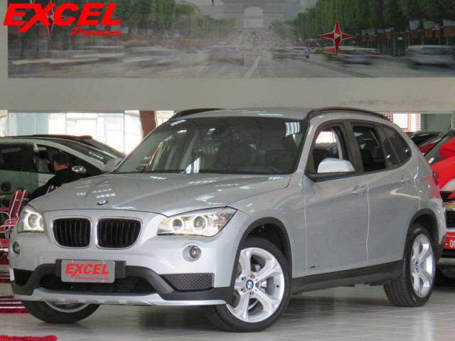 BMW X1 SDRIVE 20I 2.0 ACTIVEFLEX AUT. 2015