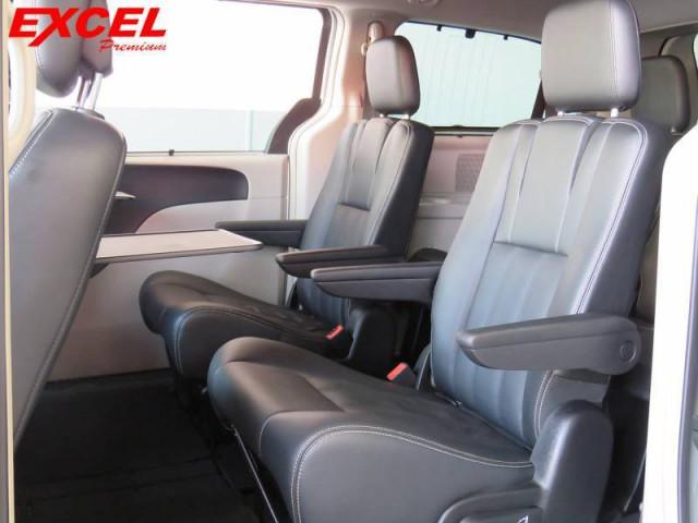 Imagem do veículo CHRYSLER TOWN & COUNTRY TOURING 3.6 V6 AUTOMATICO 2012
