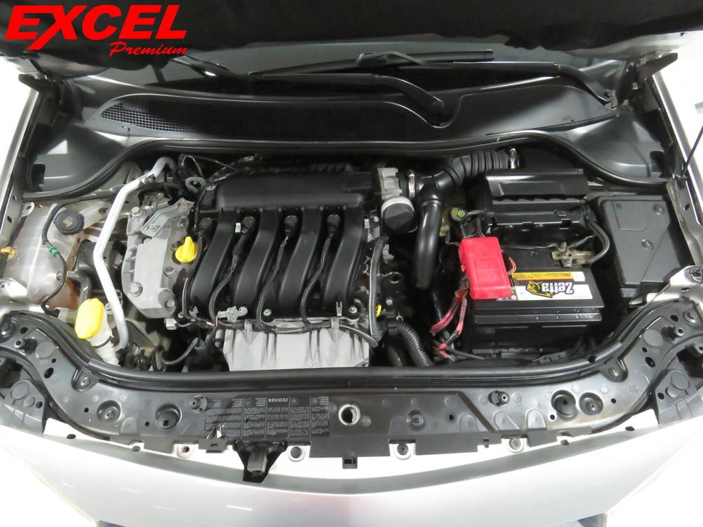 Imagem do veículo RENAULT MEGANE 2.0 DYNAMIQUE SEDAN 16V GASOLINA 4P AUTOMÁTICO
