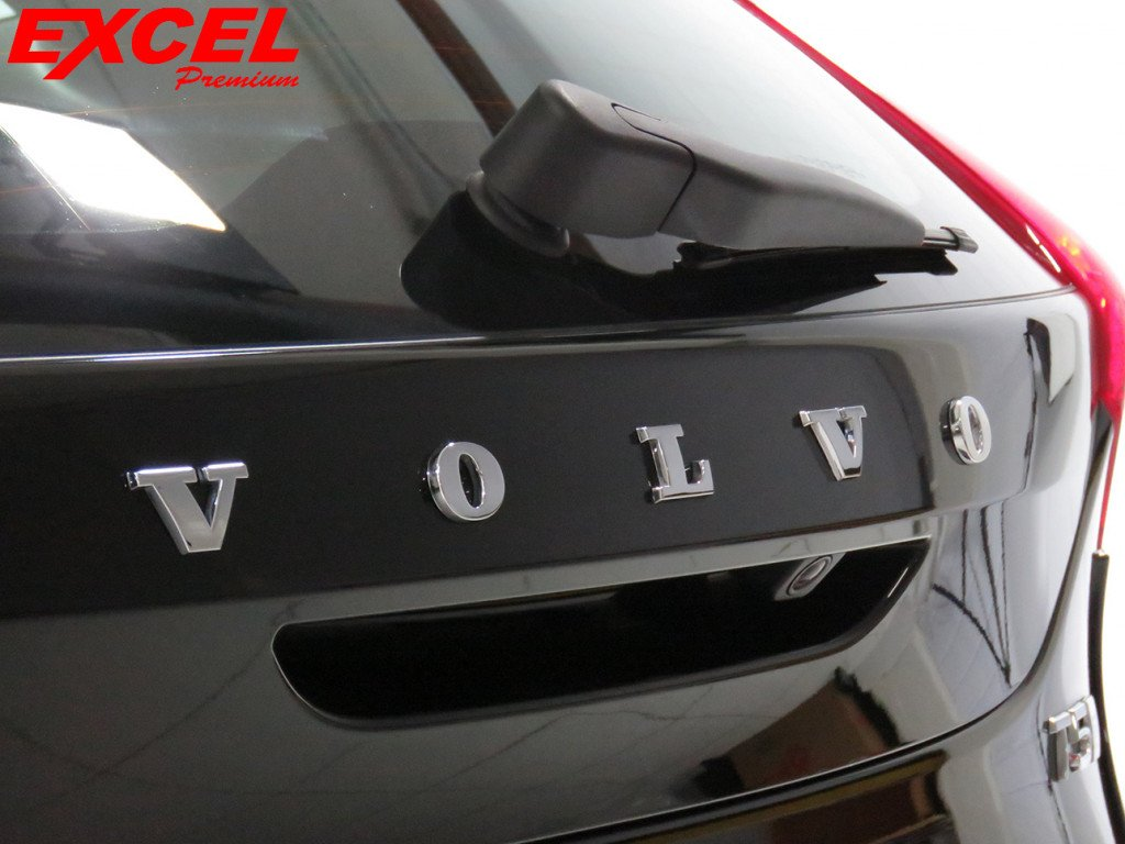 Imagem do veículo VOLVO V40 2.0 T5 R-DESIGN GASOLINA 4P AUTOMÁTICO