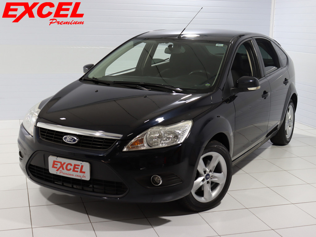 FORD FOCUS 1.6 GASOLINA 4P MANUAL