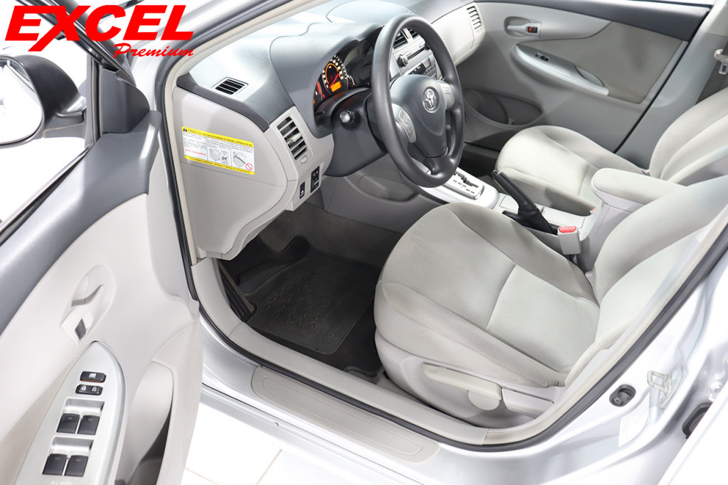 Imagem do veículo TOYOTA COROLLA 1.8 GLI 16V FLEX 4P AUTOMÁTICO