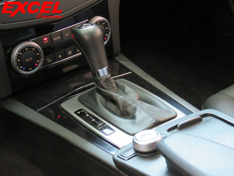 Imagem do veículo MERCEDES-BENZ C 180 1.8 CGI CLASSIC 16V GASOLINA 4P AUTOMÁTICO