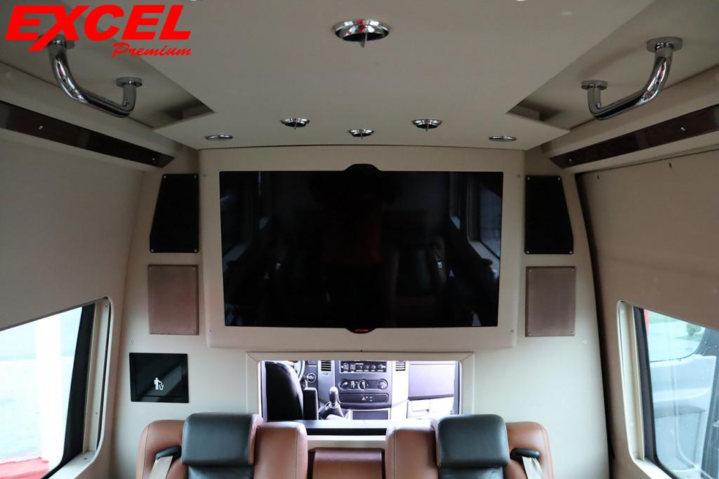 Imagem do veículo MERCEDES-BENZ SPRINTER 2.2 CHASSI STREET EXTRA LONGO 311 CDI DIESEL 3P MANUAL