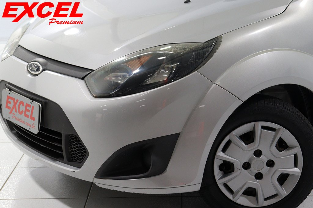 Imagem do veículo FORD FIESTA 1.6 MPI HATCH 8V FLEX 4P MANUAL